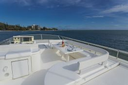 Yacht 810 Ferretti Exterior 3
