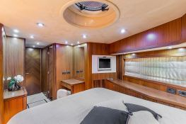 Predator 82' Sunseeker Interior 9