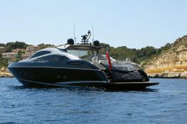 Hooligan of Cowes  Sunseeker Predator 82' Exterior 1