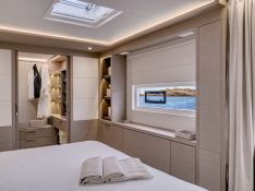 Adriatic Dragon  Lagoon Catamaran Lagoon 77 Interior 4