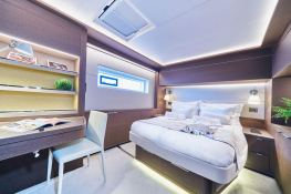 Adriatic Dragon  Lagoon Catamaran Lagoon 77 Interior 19