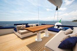 Hutiane (ex La Sella Del Diavolo)  Catamaran 31M Interior 9