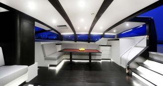 Nomad IV   Maxi Dolphin FC100 Interior 3