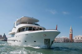 My way   Motoryacht 23M Exterior 1