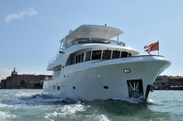 My way   Motoryacht 23M Exterior 2