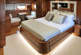 My way Motoryacht 23M Interior 3