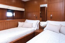 My way   Motoryacht 23M Interior 5