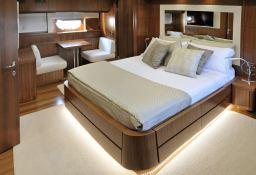 My way   Motoryacht 23M Interior 4