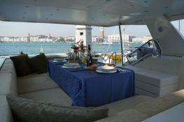 My way   Motoryacht 23M Interior 9