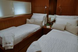 My way   Motoryacht 23M Interior 5