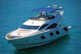 Manhattan 82 Sunseeker Exterior 2