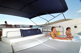 Manhattan 82 Sunseeker Exterior 4