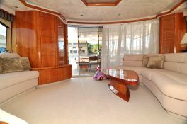 Manhattan 82 Sunseeker Interior 2