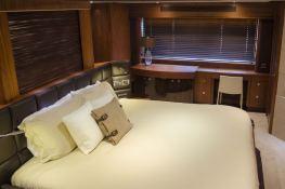 Emrys Sunseeker Yacht 98 Interior 6