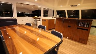 Slim Catamaran Gunboat 66 Interior 3