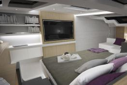 Privilege  Serie 7 Alliaura Marine Interior 5