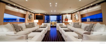 Lisa IV (ex Auspicious) Leopard Yachts Leopard 46M Interior 2