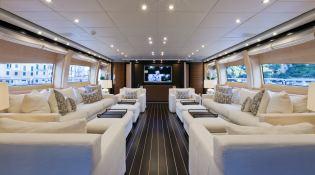 Lisa IV (ex Auspicious) Leopard Yachts Leopard 46M Interior 1