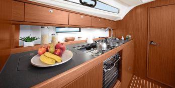 Bavaria 41S Bavaria Yachts Interior 3