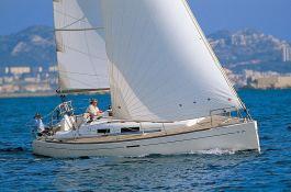 Dufour 34 Dufour Yachts Exterior 2