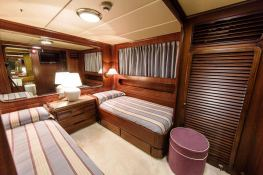 India  Benetti Classic 35M Interior 4