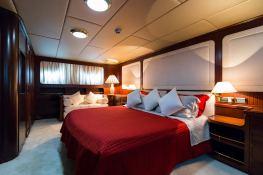 India  Benetti Classic 35M Interior 6
