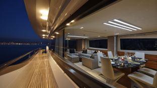 Quantum Peri Yachts 28M Exterior 2