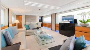 Quantum   Peri Yachts 28M Interior 1