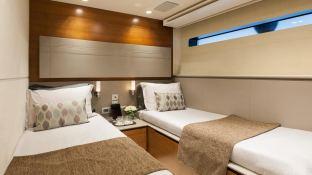 Quantum Peri Yachts 28M Interior 5