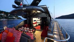 KOJI Leopard Yachts Leopard 34M Interior 1