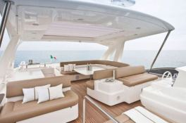 JPS  Ferretti Yacht 800 Interior 10