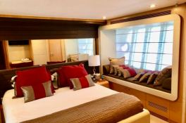 JPS  Ferretti Yacht 800 Interior 4