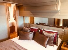 JPS  Ferretti Yacht 800 Interior 9