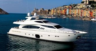 Maxi Beer  Ferretti Yacht 881 Exterior 1