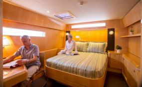 Windquest  JFA Catamaran 86 Interior 6