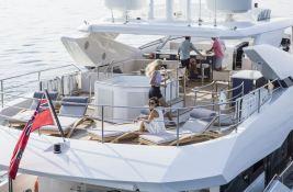 N°9  Sunseeker Sport Yacht 115 Exterior 8