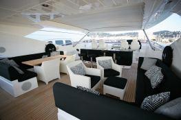 N°9  Sunseeker Sport Yacht 115 Exterior 4