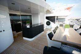 N°9  Sunseeker Sport Yacht 115 Exterior 5