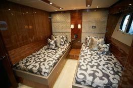 N°9  Sunseeker Sport Yacht 115 Interior 5