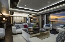 N°9  Sunseeker Sport Yacht 115 Interior 2