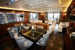 N°9  Sunseeker Sport Yacht 115 Interior 4