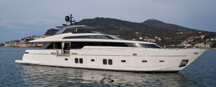 Freddy  San Lorenzo Yacht 106 Exterior 2