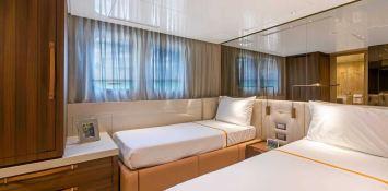 Freddy  San Lorenzo Yacht 106 Interior 5