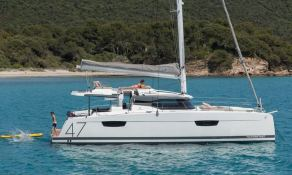 Saona 47 with watermaker & A/C Exterior 7