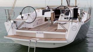 Dufour 38 Dufour Yachts Exterior 3