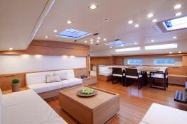 Thalima Southern Wind Sloop 110' Interior 1