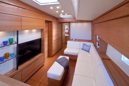 Thalima  Southern Wind Sloop 110' Interior 3