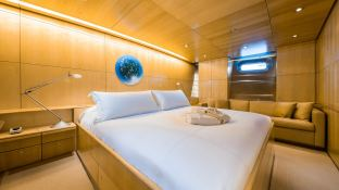 Spiip  Royal Huisman Sloop 112 Interior 7