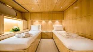 Spiip  Royal Huisman Sloop 112 Interior 8