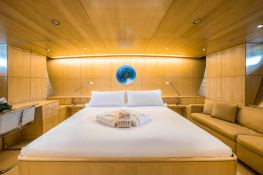 Spiip  Royal Huisman Sloop 112 Interior 6